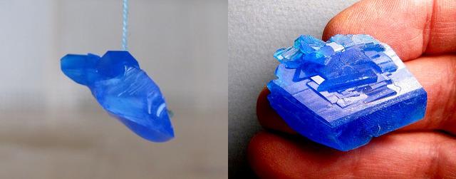 Рис. 2. Кристалл медного купороса неправильной формы при выращивании в домашних условиях приобретает форму призмы, в основании которой лежит ромб.